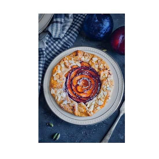 saffron-plum-galette