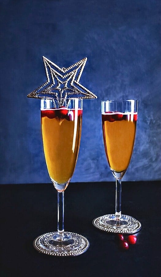 spiced-pineaaple-new-year-champagne-cocktail