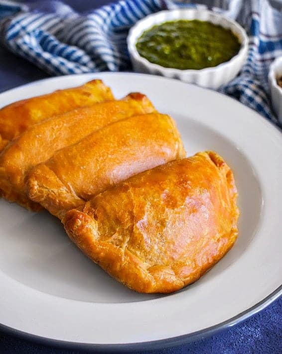 close picture of lamb curry puffs or lamb curry hand pies