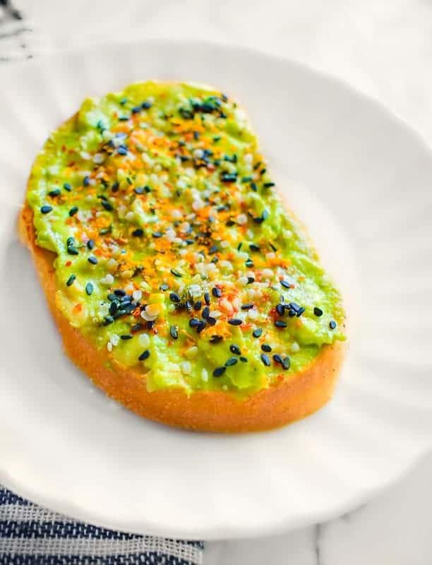 Vegan avocado toast recipe ready in 5 minutes