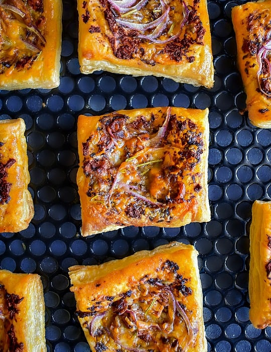 onion and fig tarts recipe for party