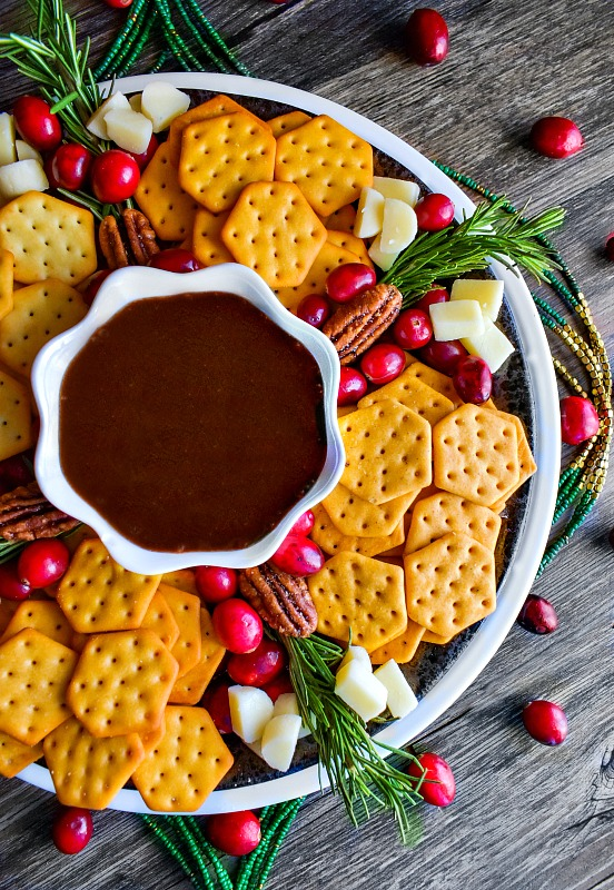 homemade-chocolate-sauce-cheese-crackers #homemadechocolatesauce #cheesecrackers