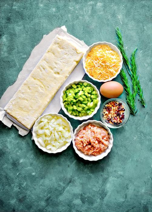Chicken keema puff ingredients